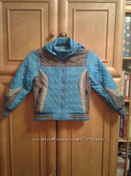 Демисезонная куртка на 5-7 лет