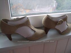 Новые туфли из натурального замша на высоком каблуке с Т образной застежкой
