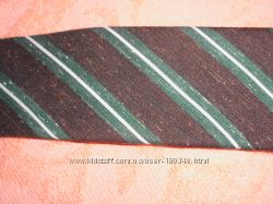 Классический коричневый в полоску галстук времен СССР. Югославия