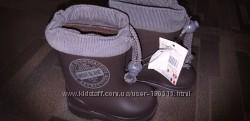 Качественные фирменные резиновые  сапожки  20 размер Испания