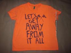 Красивая футболка benetton