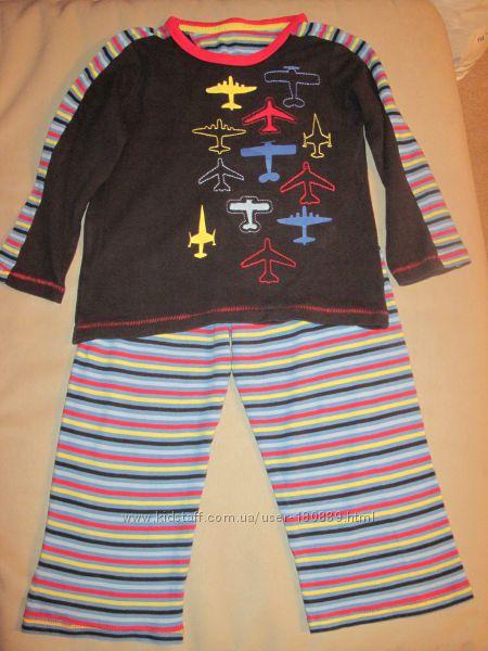 Яркая пижамка для мальчика mothercare