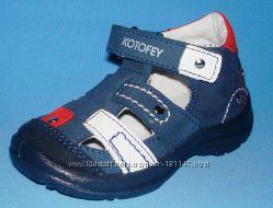 Продам мокасины . Летние туфли, босоножки.