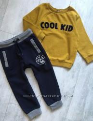 Комплекты штаны и свитшот  2-3 года