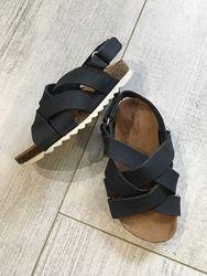 Кожаные босоножки сандали Зара размер 22 кожа