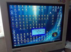Монитор Samsung SyncMaster 957MB полностью рабочий