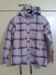 Куртка деми для девочки рост 152см новая