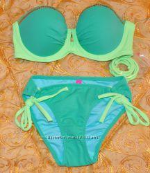 Продам зеленый купальник Victorias Secret push up