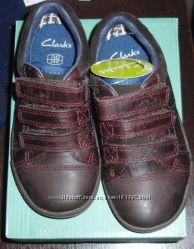 Новые туфли CLARKS, кожа 15-17 cм стелька