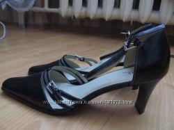 Новые кожаные туфли по стельке 27 см