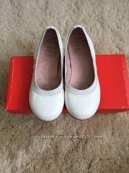 Продам кожаные балетки Garvalin