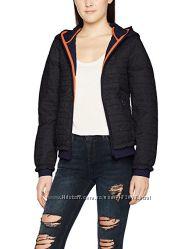 Демисезонная куртка Bench размер S большемерит