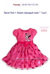нарядное малиновое платье с Минни