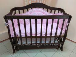 Детская деревянная кровать - софа на маятнике от производителя.