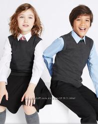 Школьная жилетка мальчикам и девочкам 7 8, 9 10 лет marks&spencer