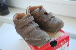 Демисезонные ботиночки 23р superfit