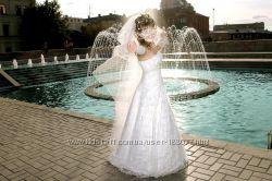 Продам свадебное платье размер 46-48 , цвет айвори