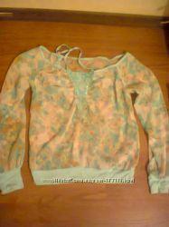 Красивая кофточка-блузочка