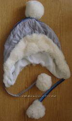 Зимняя теплая шапочка женская