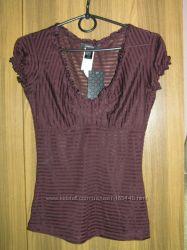 Фирменная блузка MANGO для стройной девушки