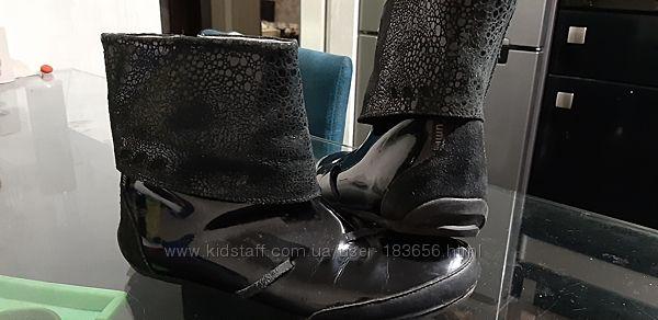 Ботинки фирмы Umi 34р