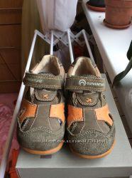 Закрытые сандали Outventure