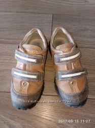 пропоную туфлі тм Антилопа