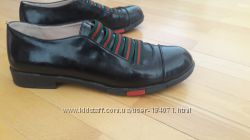 Кожаные туфли  38р. Под Gucci