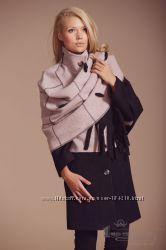 Демисезонное женское пальто с шарфом, р. 48