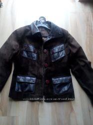 Замшевая короткая куртка