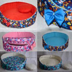 Лежаки подстилки для собак и кошек