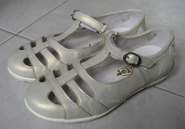Туфли Tiranitos р. 30, 20 см по стельке