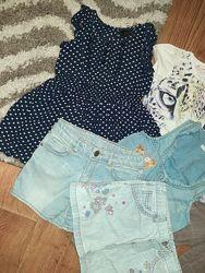 Комплект одежды на девочку сиильняжку 4-6 лет