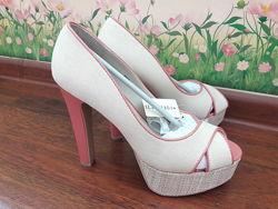 Новые туфли, 38-39 размер