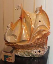 Корабль фарфор