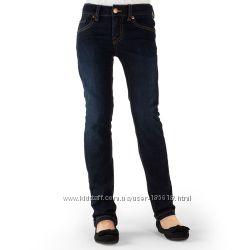 Стильные фирменные джинсы, есть для плотненьких девчонок