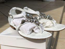 Итальянские кожаные босоножки c камнями саровски Miss Grant