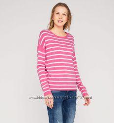красивый свитер отличного качества
