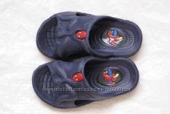 Обувь на лето. Босоножки, кроссовки летние, тапочки, шлепки