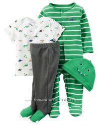 Наборы для малышей 4 в 1 фирмы Carters отлично на подарок