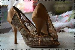 Модельные туфли Blossem