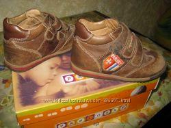 Продам БУ ботиночки Pablosky  р-р 25