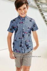 Очень красивый костюм Next шорты и рубашка