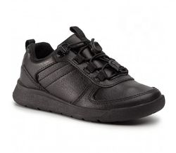 Срочно продам кожаные туфли Merrell на мальчика.