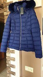Женская зимняя куртка пуховик Guess. Новая. Оригинал Размер S. С капюшоном