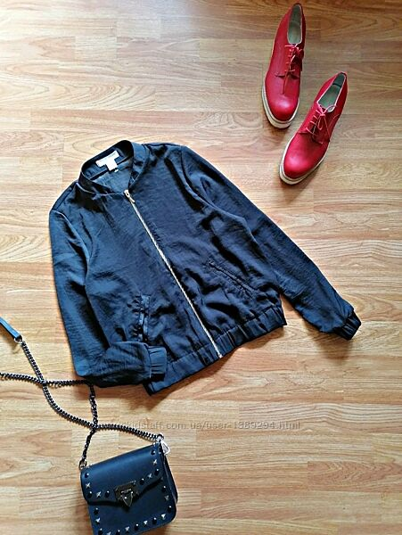 Женский легкий стильный брендовый бомбер - ветровка h&m - размер 42-44