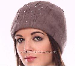 Красивые стильные шапки со стразами по оптовой цене.