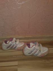Кроссовки Adidas, размер 27
