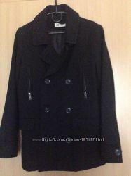 Черное деми пальто мальчикам на рост 140 см