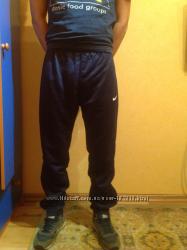 Штаны спортивные мужские  Nike р. S
